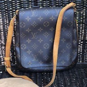 Authentic Louis Vuitton Musette Short strap bag